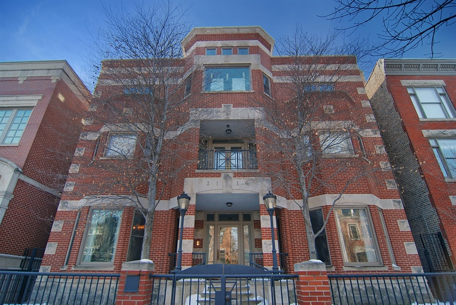 Real Estate Photography - 2136 N Magnolia, Chicago, IL, 60614 - Front View
