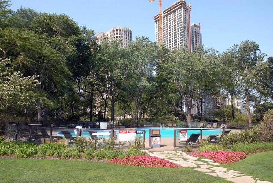 Real Estate Photography - 505 N. Lake Shore Dr., 3905, Chicago, IL, 60611 - Outdoor Pool