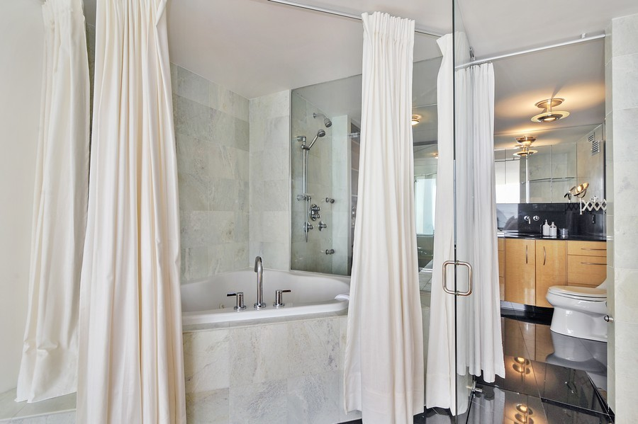 Real Estate Photography - 505 N. Lake Shore Dr., 3905, Chicago, IL, 60611 - Location 8
