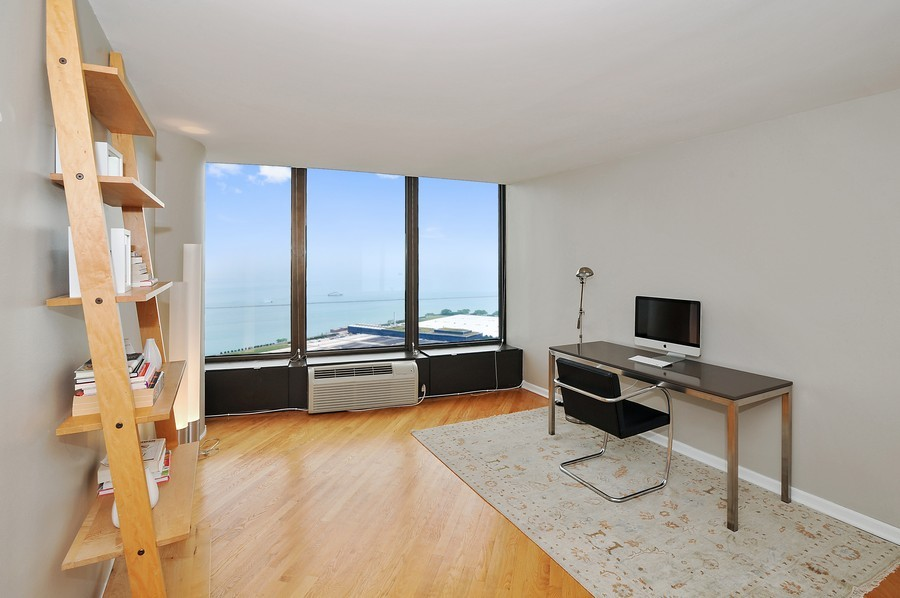 Real Estate Photography - 505 N. Lake Shore Dr., 3905, Chicago, IL, 60611 - Guest/2nd Bedroom