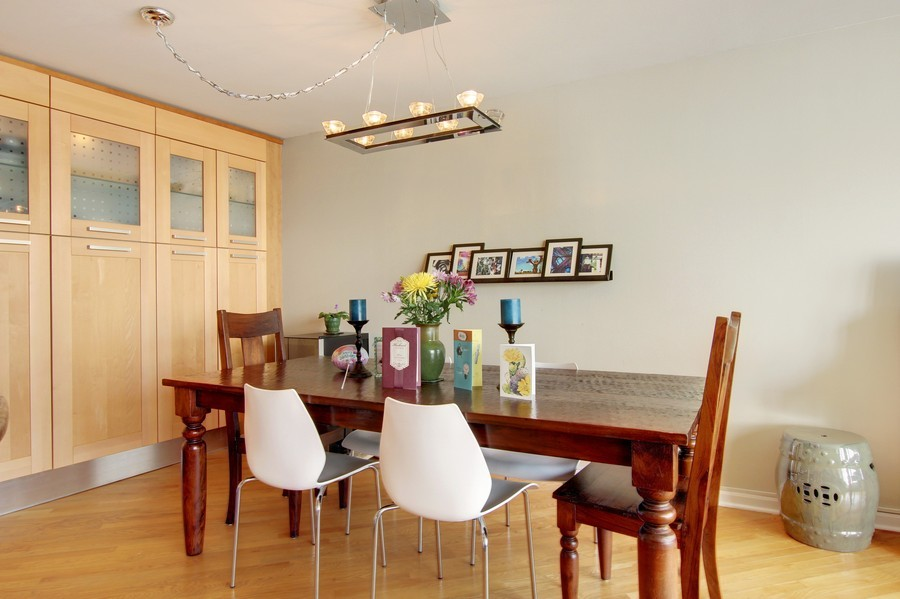 Real Estate Photography - 505 N. Lake Shore Dr., 3905, Chicago, IL, 60611 - Dining Room