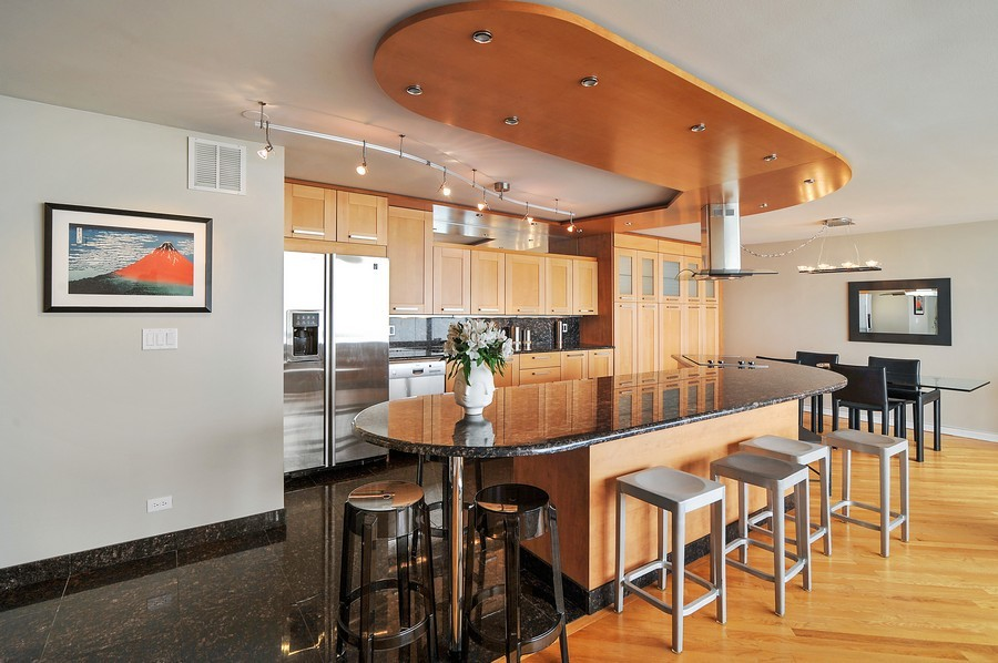 Real Estate Photography - 505 N. Lake Shore Dr., 3905, Chicago, IL, 60611 - Kitchen