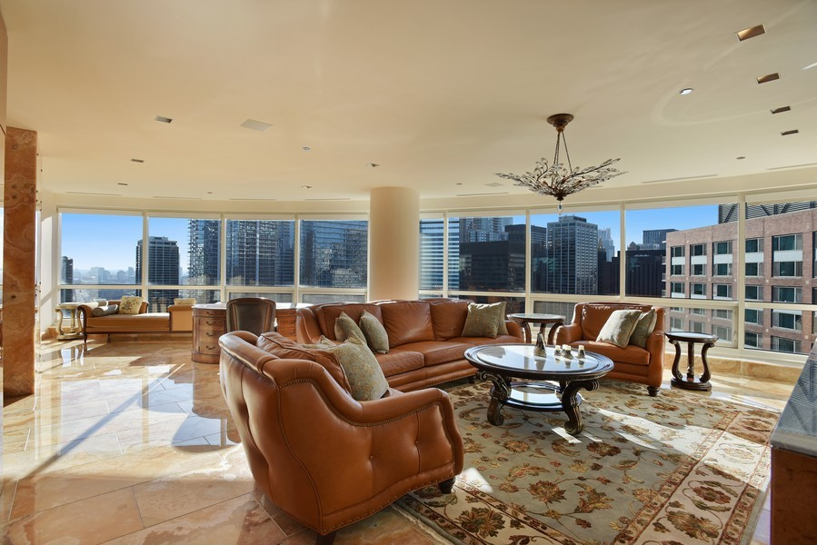 Real Estate Photography - 415 E North Water St, Unit 3205, Chicago, IL, 60611 - Location 11