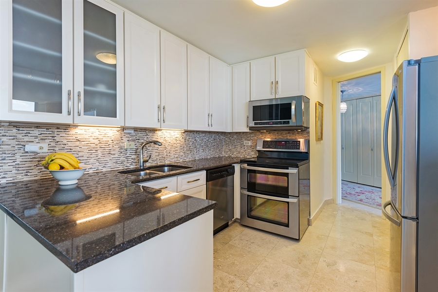 Real Estate Photography - 505 N. Lake Shore, 4512, Chicago, IL, 60611 - Kitchen