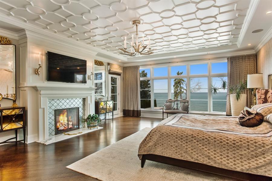 Real Estate Photography - 195 Sheridan Rd, Winnetka, IL, 60093 - Master Bedroom