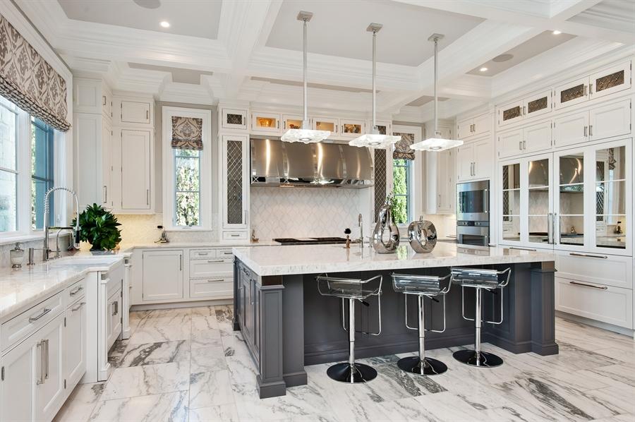 Real Estate Photography - 195 Sheridan Rd, Winnetka, IL, 60093 - Kitchen