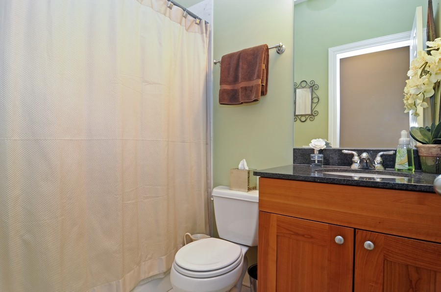 Real Estate Photography - 2419 N Clybourn, Unit 2, Chicago, IL, 60614 - Bathroom