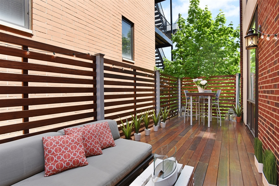 Real Estate Photography - 2325 N Bosworth Ave, Chicago, IL, 60614 - Terrace