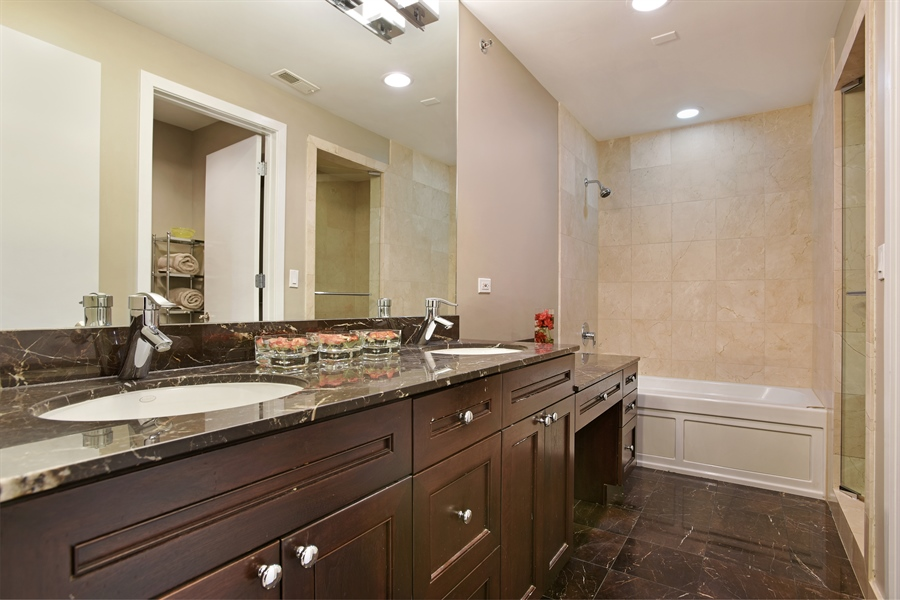 Real Estate Photography - 2325 N Bosworth Ave, Chicago, IL, 60614 - Master Bathroom