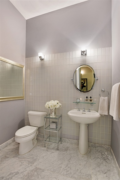 Real Estate Photography - 2325 N Bosworth Ave, Chicago, IL, 60614 - Half Bath