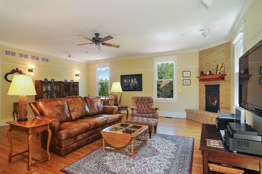 Real Estate Photography - 203 Dundee Avenue, Barrington, IL, 60010 - Family Room