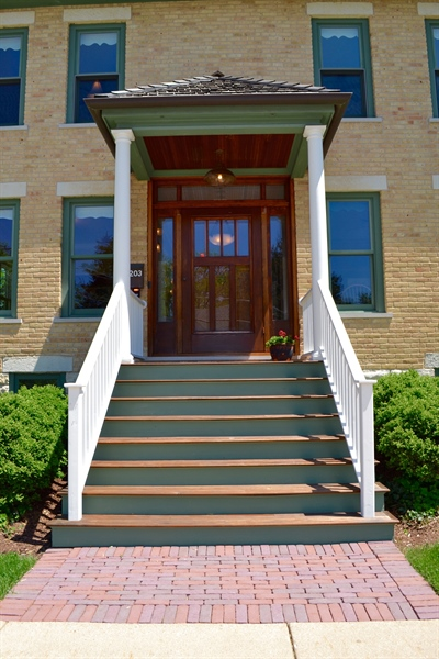 Real Estate Photography - 203 Dundee Avenue, Barrington, IL, 60010 - Front Door