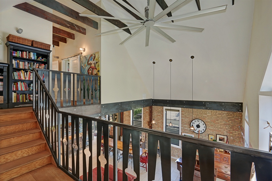 Real Estate Photography - 3030 W Cortland, Chicago, IL, 60647 - Landing