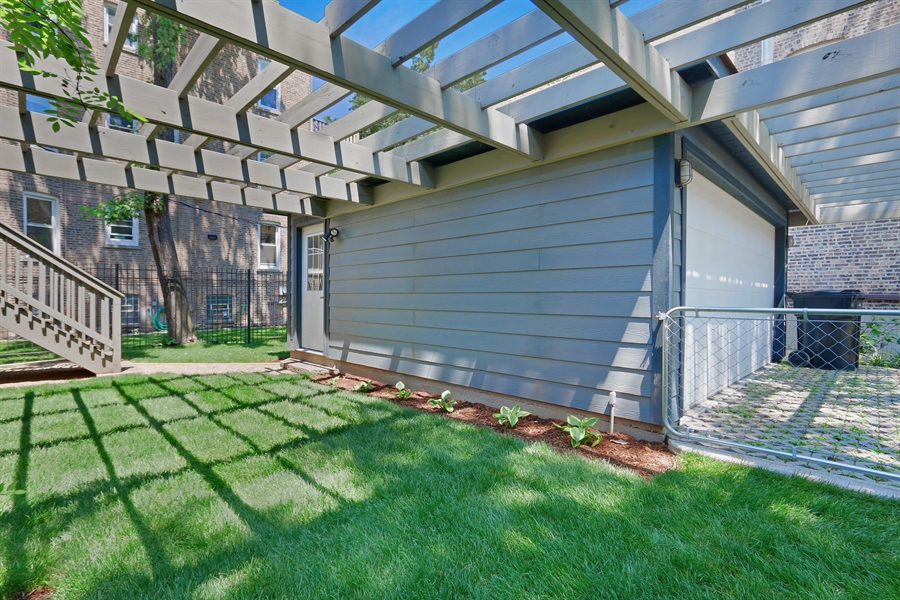 Real Estate Photography - 3030 W Cortland, Chicago, IL, 60647 - Side Yard