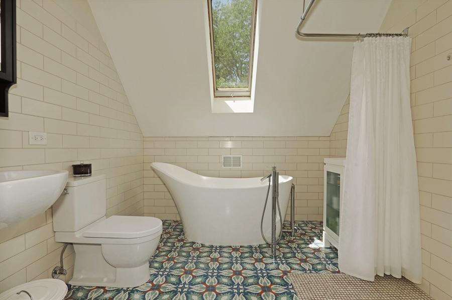 Real Estate Photography - 3030 W Cortland, Chicago, IL, 60647 - Bathroom