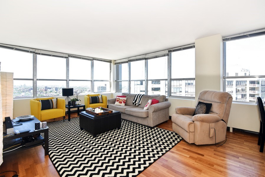 Real Estate Photography - 655 Irving Park Rd, Unit 4606, Chicago, IL, 60609 - Location 3