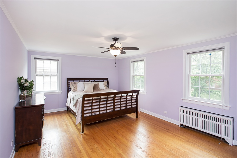 Real Estate Photography - 6626 N Sioux Ave, Chicago, IL, 60646 - 2nd Bedroom