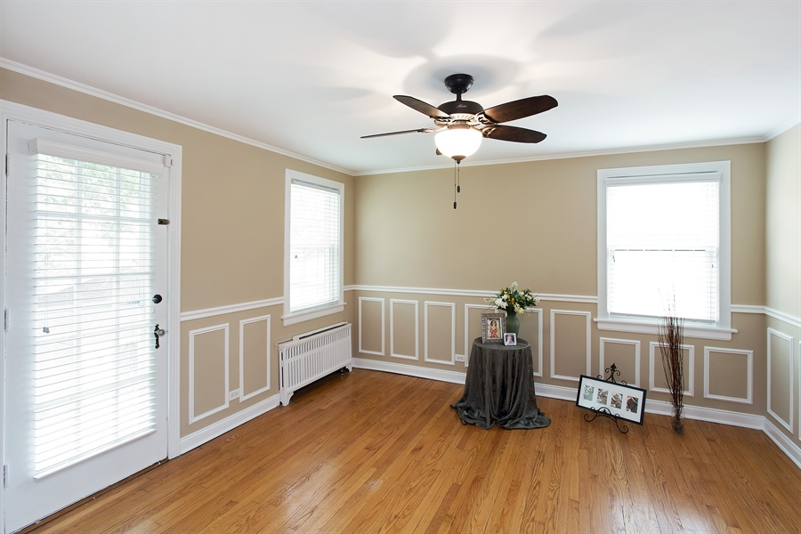 Real Estate Photography - 6626 N Sioux Ave, Chicago, IL, 60646 - Bedroom