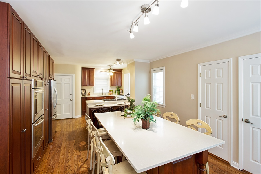 Real Estate Photography - 6626 N Sioux Ave, Chicago, IL, 60646 - Dining Room