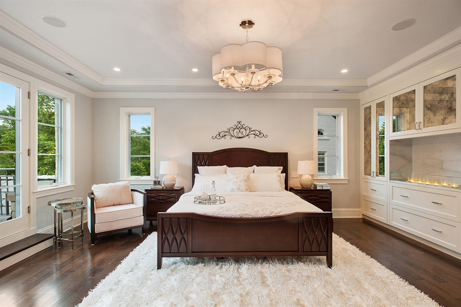 Real Estate Photography - 229 Essex Rd, Kenilworth, IL, 60043 - Master Bedroom