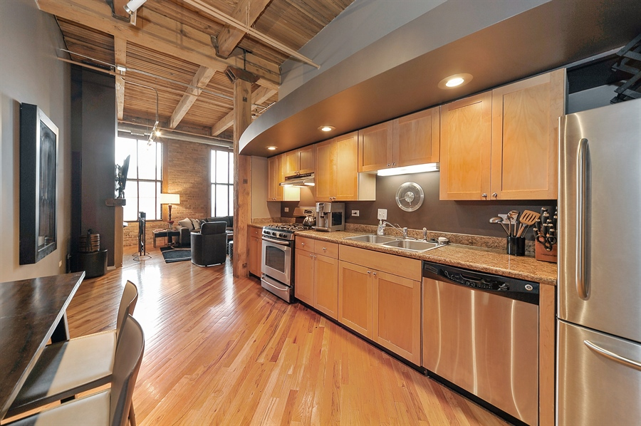 Real Estate Photography - 616 W Fulton, Unit 510, Chicago, IL, 60661 - Kitchen