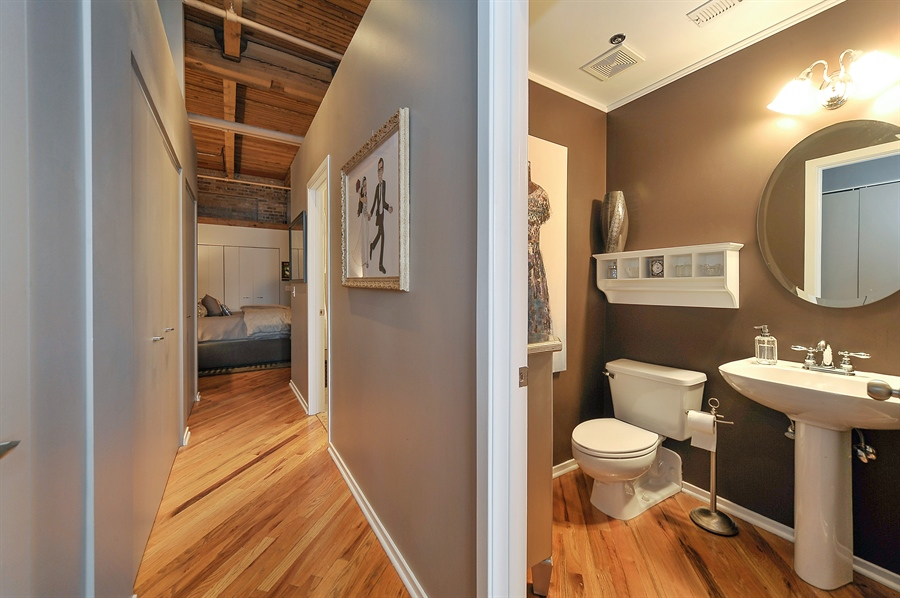 Real Estate Photography - 616 W Fulton, Unit 510, Chicago, IL, 60661 - Hallway