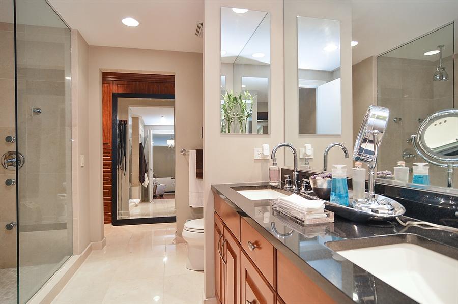 Real Estate Photography - 310 S Michigan, Unit 605, Chicago, IL, 60604 - Master Bathroom