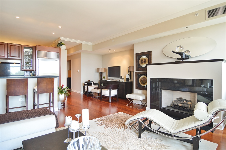 Real Estate Photography - 310 S Michigan, Unit 605, Chicago, IL, 60604 - Kitchen / Living Room