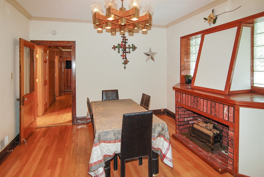 Real Estate Photography - 1609 S 61st Ave, Cicero, IL, 60804 - Dining Room