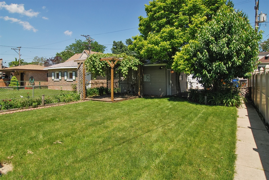 Real Estate Photography - 1609 S 61st Ave, Cicero, IL, 60804 - Back Yard