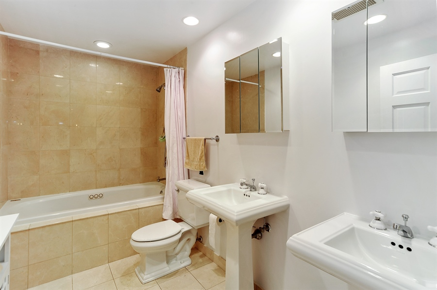 Real Estate Photography - 1122 N Dearborn, Unit 10D, Chicago, IL, 60610 - Master Bathroom