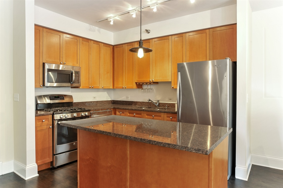Real Estate Photography - 1122 N Dearborn, Unit 10D, Chicago, IL, 60610 - Kitchen