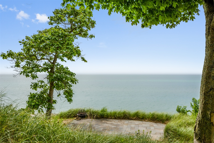 Real Estate Photography - 5750 Dunham Path, Stevensville, MI, 49127 - Patio and Fire Pit