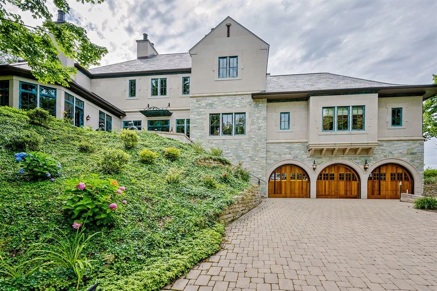 Real Estate Photography - 5750 Dunham Path, Stevensville, MI, 49127 - Front Elevation