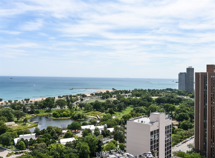 North Park Lincoln >> 1960 N Lincoln Park W, Unit 2804-5, Chicago, IL, 60614 | Virtual Tour | @properties - Lincoln Park