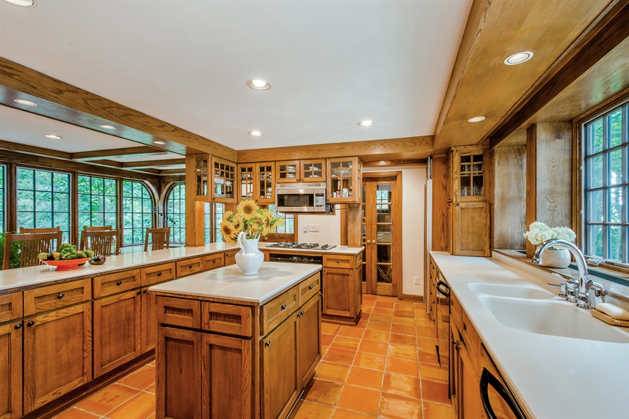 Real Estate Photography - 13274 Ravine Road, Harbert, MI, 49115 - Kitchen