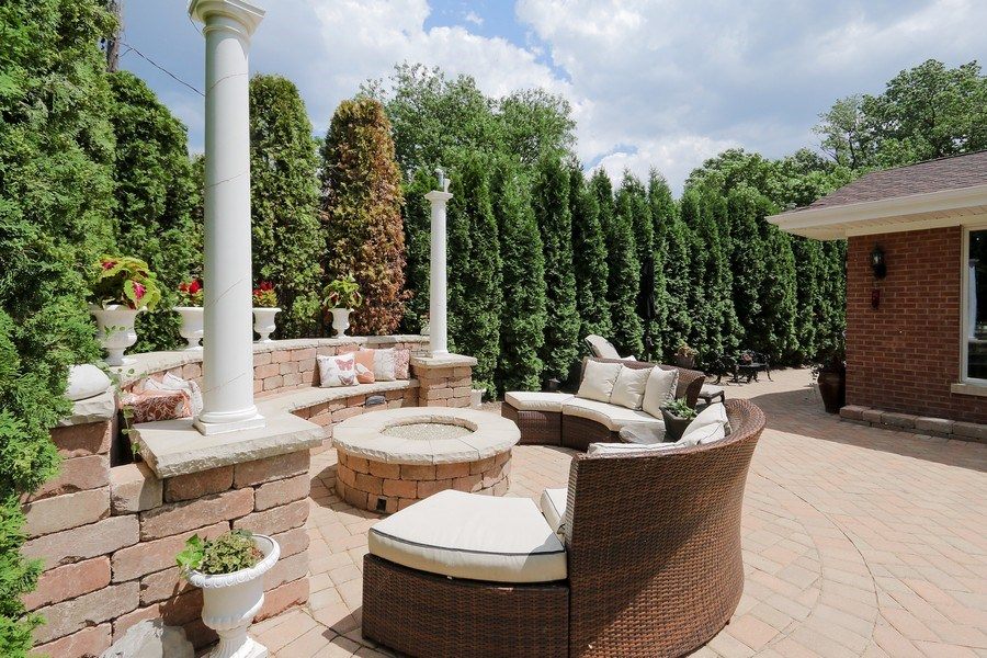 Real Estate Photography - 4508 W. Bryn Mawr, Chicago, IL, 60646 - Patio