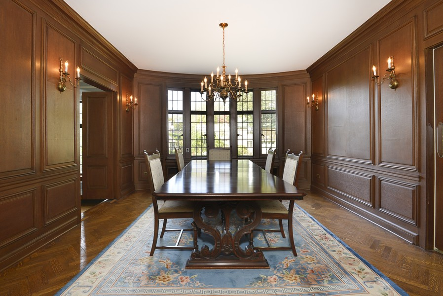 Real Estate Photography - 1020 Chestnut Ave, Wilmette, IL, 60091 - Formal Dining Room