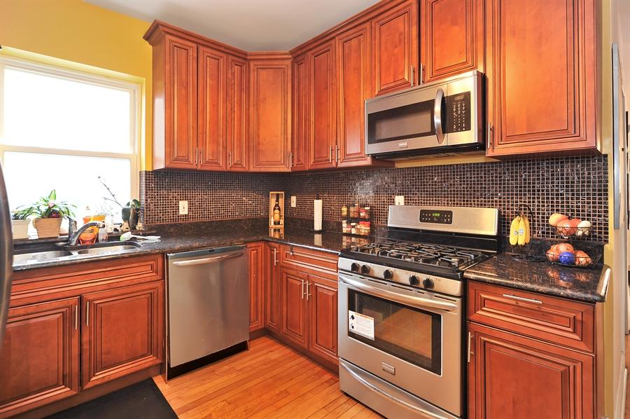 Real Estate Photography - 4438 N Hamlin, Chicago, IL, 60625 - Kitchen