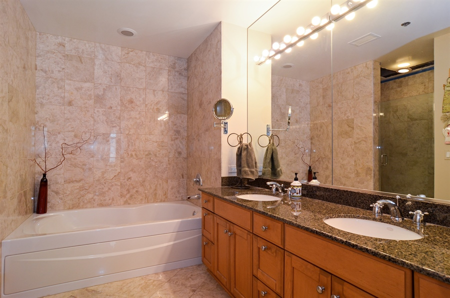 Real Estate Photography - 1335 South Prairie, 901, Chicago, IL, 60605 - Master Bathroom