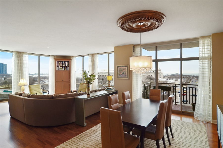Real Estate Photography - 1335 South Prairie, 901, Chicago, IL, 60605 - Living Room / Dining Room