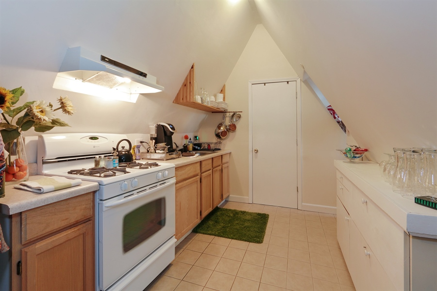 Real Estate Photography - 1036 N Hoyne Ave, Chicago, IL, 60622 - #3 Rental Kitchen
