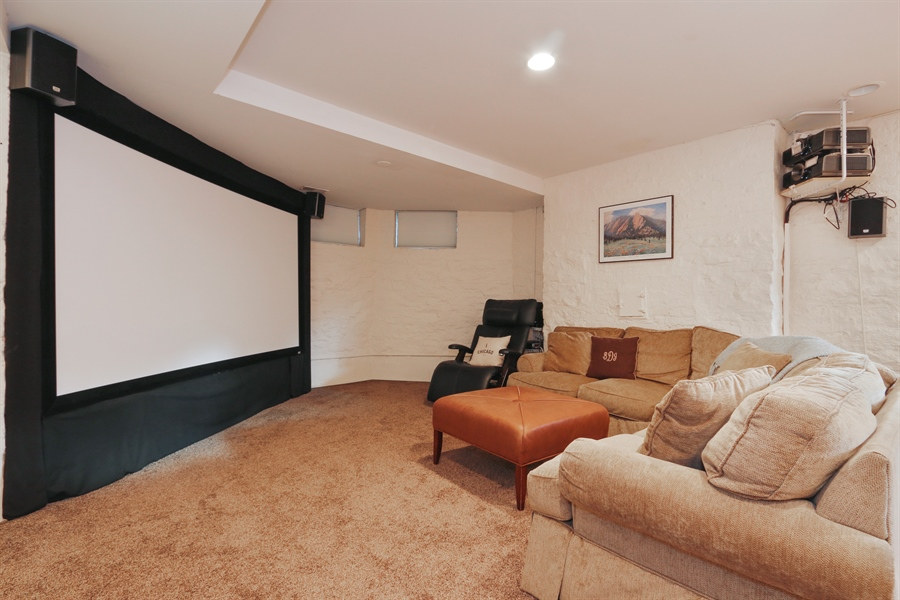 Real Estate Photography - 1036 N Hoyne Ave, Chicago, IL, 60622 - Theater