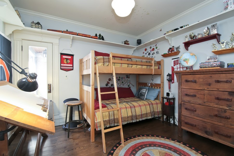 Real Estate Photography - 1236 Hinman Ave, Evanston, IL, 60201 - 3rd Bedroom
