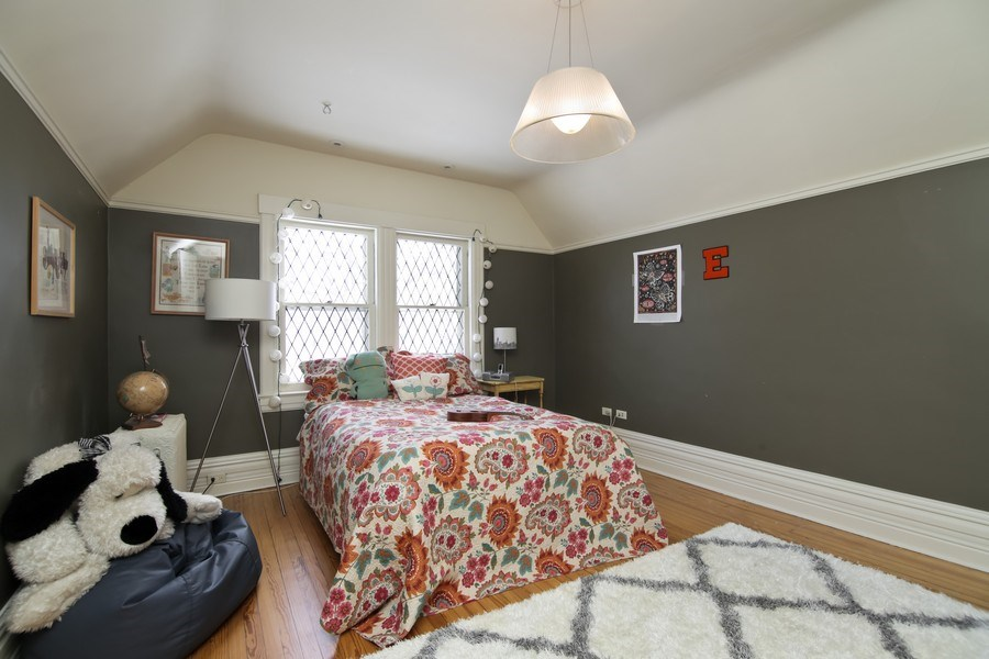 Real Estate Photography - 1236 Hinman Ave, Evanston, IL, 60201 - 5th Bedroom