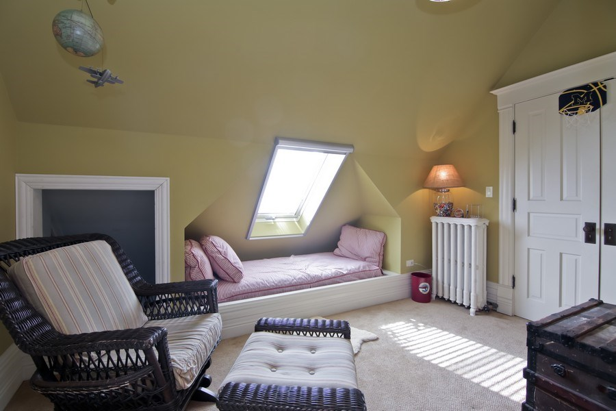 Real Estate Photography - 1236 Hinman Ave, Evanston, IL, 60201 - 6th Bedroom