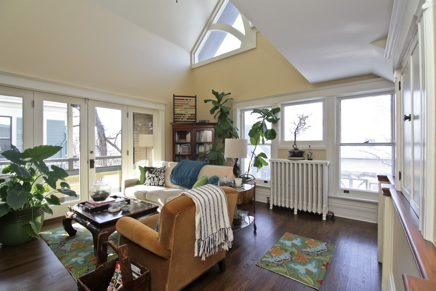 Real Estate Photography - 1236 Hinman Ave, Evanston, IL, 60201 - 2nd Floor Sitting Room