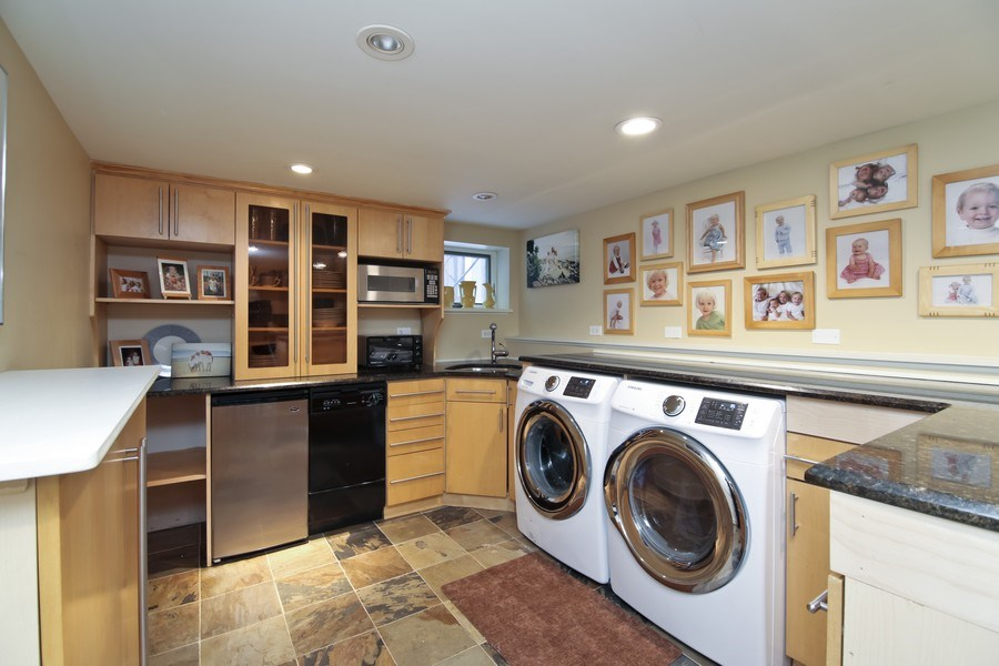 Real Estate Photography - 1236 Hinman Ave, Evanston, IL, 60201 - Laundry Room