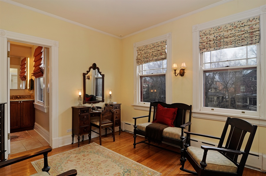 Real Estate Photography - 1828 Asbury Ave, Evanston, IL, 60201 - Parlor
