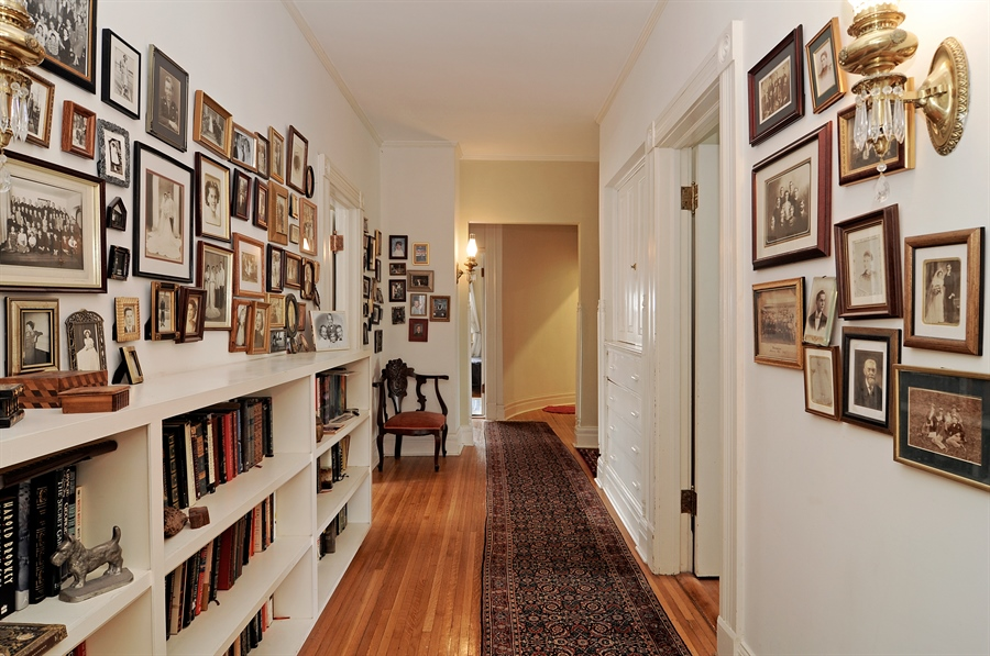Real Estate Photography - 1828 Asbury Ave, Evanston, IL, 60201 - Hallway